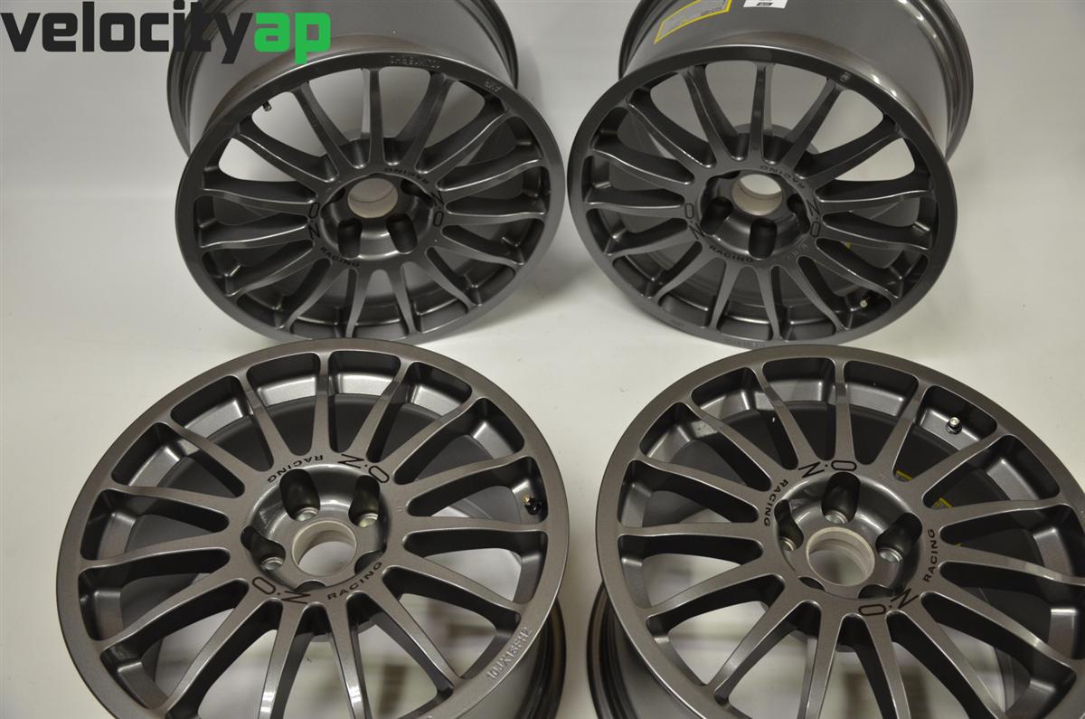 "Aston Martin Racing 18"" OZ Racing Wheels Set of 4"